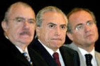 José Sarney, Michel Temer e Renan Calheiros durante reunião onde foi decidida a participação do PMDB no segundo mandato do governo Lula, Brasília, DF, 30/11/2006.