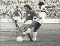Em 1974, na vitória do São Paulo por 3 a 0 sobre o América-SP, Mirandinha quebrou a tíbia e a fíbula em uma divididacom Baldini. Autor do primeiro gol da partida, o atacante demorou dois anos e sete cirurgias para voltar a jogar