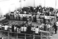 Contagem de votos durante a apuraçãoo das eleiçõesde 1972 em São Paulo.