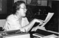 Retrato da poetisa, escritora, cronista e dramaturga, Hilda Hilst, em sua casa, em Campinas,SP, 21/4/1988.
