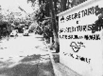 A história da região começa sessenta anos após o descobrimento do Brasil, quando Luís Martins e Braz Cubas descobriram indícios de ouro no sopé do morro.