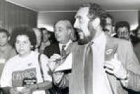 Miele chega ao congresso para a audiência pública sobre a liberação dos cassinos no País, em 24/8/1993