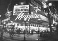 Fachada doextinto Mappin, no centro de São Paulo em 1973. A loja de departamentos era conhecida pela variedade de produtos e anúncios de liquidações periódicas com preços reduzidos.