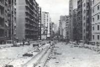 Minhocão recebendo últimos retoques antes da inauguração, em 20 de janeiro de 1971.