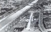 Sambódromo de São Paulo durante sua construção no final da década de 1980.