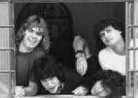 Roger,Serginho Serra, Maurício e Leospa, do<a href='http://acervo.estadao.com.br/pagina/#!/19851222-33993-nac-0031-999-31-not/busca/Ultraje+Rigor' target='_blank'>Ultraje a Rigor</a>, em foto de 1987