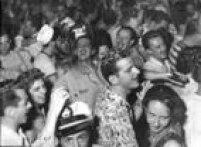 Baile de Carnaval com muita animação dos foliões no Clube Suíço, 12/02/1956