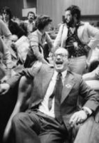 Deputado Paulo<a href='http://acervo.estadao.com.br/pagina/#!/19780728-31707-nac-0005-999-5-not/busca/Arena%20Maluf' target='_blank'>Maluf naconvenção da Arena</a>em 4/6/1978