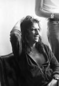 Alice Cooper durante entrevista, 1974