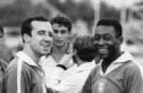Retrato dos jogadores Tostão e Pelédurante treino da Seleção Brasileira,Rio de Janeiro, RJ, 04/08/1969.