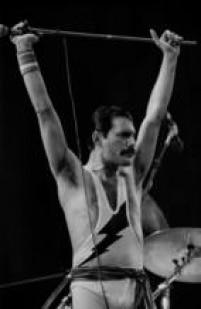 Freddie Mercury do Queen, no Rock in Rio I, 18/01/1985