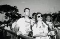 Raul Gazolla e Patricya Travassos encaram a fila para conferir o show da Madonna.