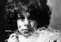 Em 1968, durante um ensaio para a capa do discoGal Costalançado em 1969