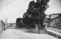 Largo da Memória na época em que foi cercado por murosno começo do século 20