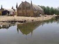 Patrimônio Misto. O conjunto pantanoso de Ahwar, no sul do atual Iraque, é formado por três sítios arqueológicos onde, entre o quarto e o terceiro milênio aC., desenvolveram-se importantíssimas cidades e assentamentos sumérios do sul da Mesopotâmia, ao longo dos rios Tigres e Eufrates - os sítios de Ur e Uruk são fundamentais para o estudo de História Antiga