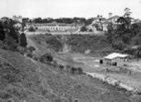 O Belvedere Trianonpode servisto ao alto. Abaixo ficava oterreno que mais tarde deu lugar à Avenida Nove de Julho