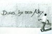 Homenagem a Alex Vallauri nos muros da cidade.