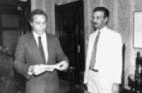 O presidente interino MIchel Temer,<a href='http://acervo.estadao.com.br/pagina/#!/19850614-33829-nac-0030-999-30-not/busca/Michel%20Percival' target='_blank'>n</a><a href='http://acervo.estadao.com.br/pagina/#!/19850614-33829-nac-0030-999-30-not/busca/Michel%20Percival' target='_blank'>aépoca secretário da Segurança Pública</a><a href='http://acervo.estadao.com.br/pagina/#!/19850614-33829-nac-0030-999-30-not/busca/Michel%20Percival' target='_blank'></a>de São Paulo, eo repórter policialPercival de Souza participam dedebate sobre violência elegislação penal,em 1985