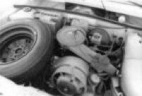 O<a href='http://acervo.estadao.com.br/noticias/acervo,gol-era-para-se-chamar-angra,11445,0.htm' target='_blank'>primeiro Gol</a>vinha equipado com motor dianteiro 1.3 refrigerado a ar