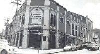 Teatro São Pedro na década de 1980, quando passou para a Secretaria de Cultura do Estado.