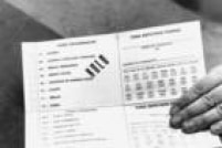 Modelo de cédula eleitoral em papel utilizado nas eleições de 1990, em São Paulo.