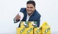 """O empresário Vagner da Silva Gomes édono há nove anos da Uni Soluções, especializada em kits personalizados de alimentação. De olho no mercado de produtos naturais e preocupado com a crise, Gomes investiu R$ 1 milhão na Uni Alimentos. O primeiro lançamento da empresa é justamente a tapioca. """"Identificamos que existe muito desperdício nos pacotes de 500 gramas e resolvemos lançar um kit com porções individuais"""", explica o empreendedor."""
