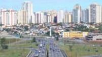 Da mesma forma que Campinas, São José dos Campos também vive um momento favorável gerado pela atração de novos empreendimentos, muitos deles se intalando na regi]ao por conta da presença da Embraer.