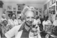 A diretora daAssociação Paulista de Combate ao Câncer, Carmen Prudente trabalha junto com outras voluntárias da instituição,São Paulo, SP, 01/3/1989.