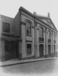 Fachada do Teatro Boa Vista, em 1947