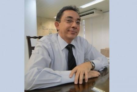 https://link.estadao.com.br/noticias/cultura-digital,o-homem-que-parou-o-whatsapp-no-brasil,10000048970