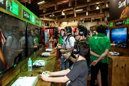 http://link.estadao.com.br/noticias/games,na-bgs-sony-e-microsoft-prometem-natal-dos-games-em-alta-resolucao,70002040771