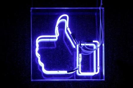 https://link.estadao.com.br/noticias/empresas,facebook-classifica-publicacoes-manualmente-e-levanta-questoes-de-privacidade,70002817836