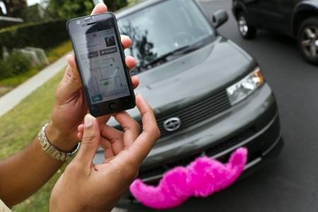 https://link.estadao.com.br/noticias/empresas,lyft-deve-iniciar-venda-de-acoes-antes-do-uber,70002636030