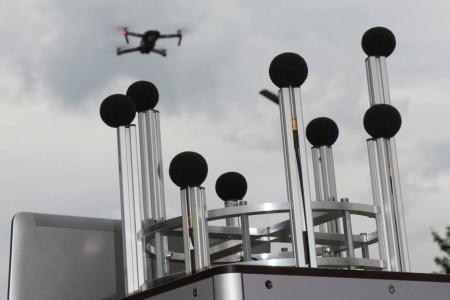 https://link.estadao.com.br/noticias/cultura-digital,cientistas-estao-ensinando-drones-a-localizar-gritos-humanos-de-socorro,70003754045