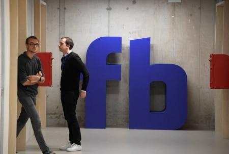 https://link.estadao.com.br/noticias/empresas,facebook-comeca-a-divulgar-novos-termos-de-uso-nos-eua-e-na-europa,70002277192