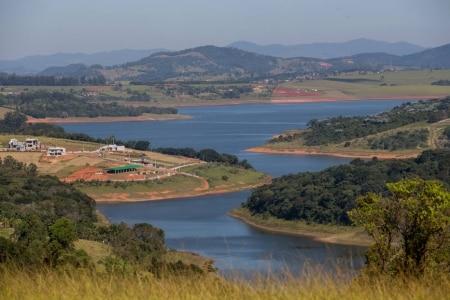 https://link.estadao.com.br/noticias/empresas,desligamento-do-supercomputador-tupa-tem-impacto-economico-social-e-cientifico,70003767215