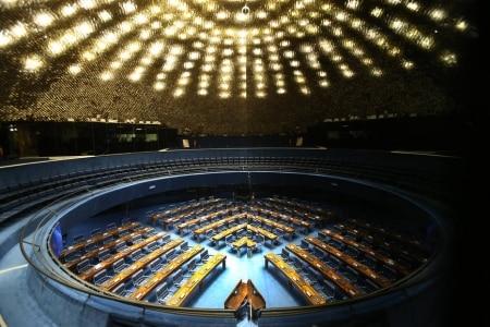 https://link.estadao.com.br/noticias/cultura-digital,projeto-de-revisao-da-lei-geral-de-telecomunicacoes-segue-para-plenario-do-senado,70002594909