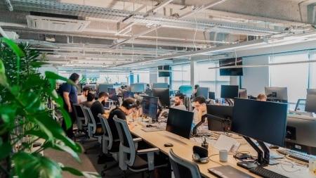 https://link.estadao.com.br/noticias/inovacao,loggi-decide-estender-home-office-ate-junho-de-2021,70003460126