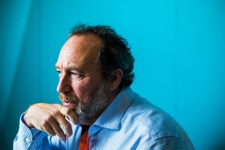 https://link.estadao.com.br/noticias/cultura-digital,entrevista-jimmy-wales-wikipedia-noticia-falsa-jornalismo-rede-social,70003108186