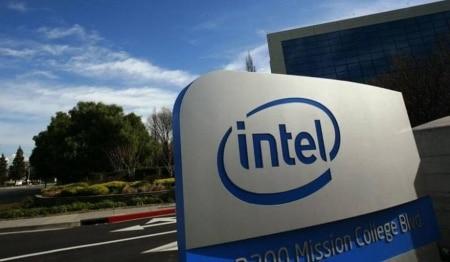 https://link.estadao.com.br/noticias/empresas,intel-pode-fazer-oferta-para-comprar-fabricante-de-chips-broadcom,70002221228