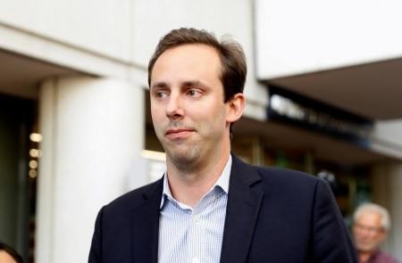 https://link.estadao.com.br/noticias/empresas,trump-perdoa-ex-engenheiro-do-uber-que-roubou-segredos-do-google,70003587788