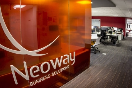https://link.estadao.com.br/noticias/inovacao,neoway-compra-startup-de-inteligencia-artificial-legallabs,70002864056