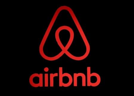 http://link.estadao.com.br/noticias/empresas,airbnb-diz-que-vai-abrir-capital-em-2020,70003016869