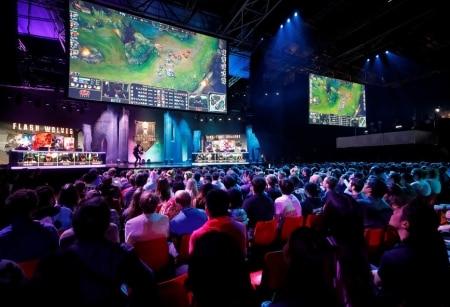 https://link.estadao.com.br/noticias/games,chinesa-tencent-e-hoje-a-maior-empresa-de-games-do-mundo,70002546085
