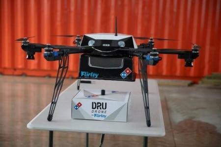 https://link.estadao.com.br/noticias/inovacao,entrega-de-pizza-com-drones-deve-decolar-na-nova-zelandia,10000072189