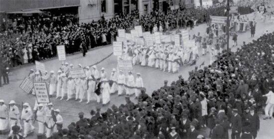 Manifestação pelo sufrágio feminino, Nova York, NY, 23/10/1915.