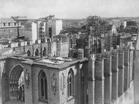 Obras de construção da Catedral da Séna década de 1950.