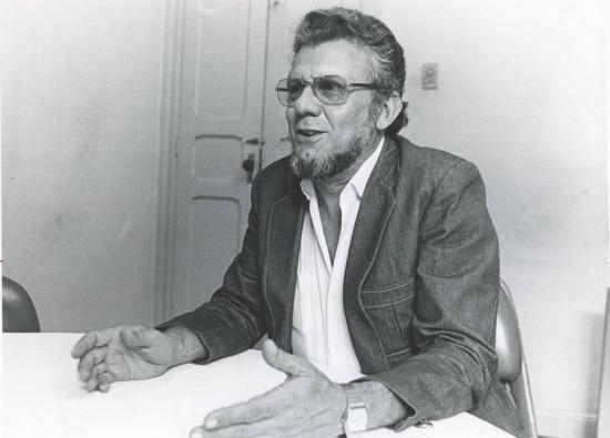 """Carlos Garcia em 1984, quando lançou o livro """"O que é Nordeste Brasileiro""""."""