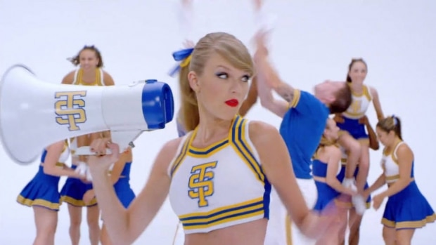 7º: Taylor Swift - Shake It Off