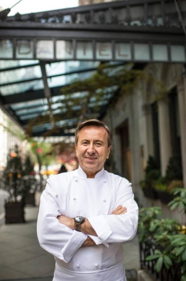 Chef francês Daniel Boulud foi multado em US$ 1,3 milhão após cliente engolir fiapo de metal em um de seus restaurantes